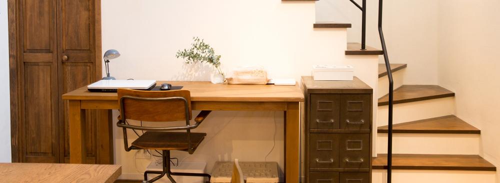 共用スペースでも家事や子育ての合間に仕事モードに切り替えやすい間取りの事例
