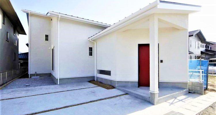 小さな平屋、シンプルな暮らしを実現した注文住宅の外観