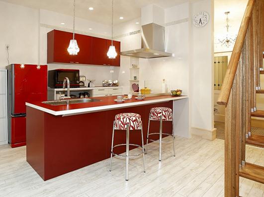 ブルーハウスの名古屋ショールーム、キッチン展示の様子