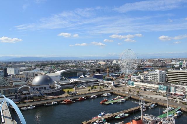 物流の中心地名古屋港がある東海市