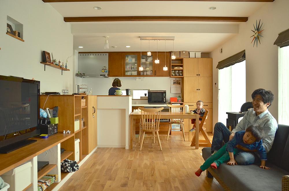 自由設計の良さが詰まったオリジナルな家_リビング