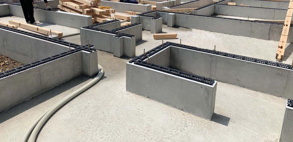 BLUEHOUSEでは城東のシロアリ10年保証に対応した基礎パッキン工法を採用しております。